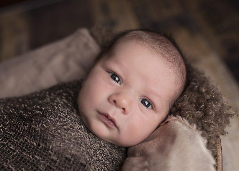 Кой ще се грижи за бебето, което беше изоставено в София?