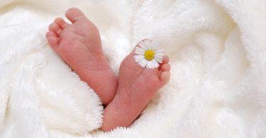 Броят на преждевременно родените бебета в България всяка година е над 6000